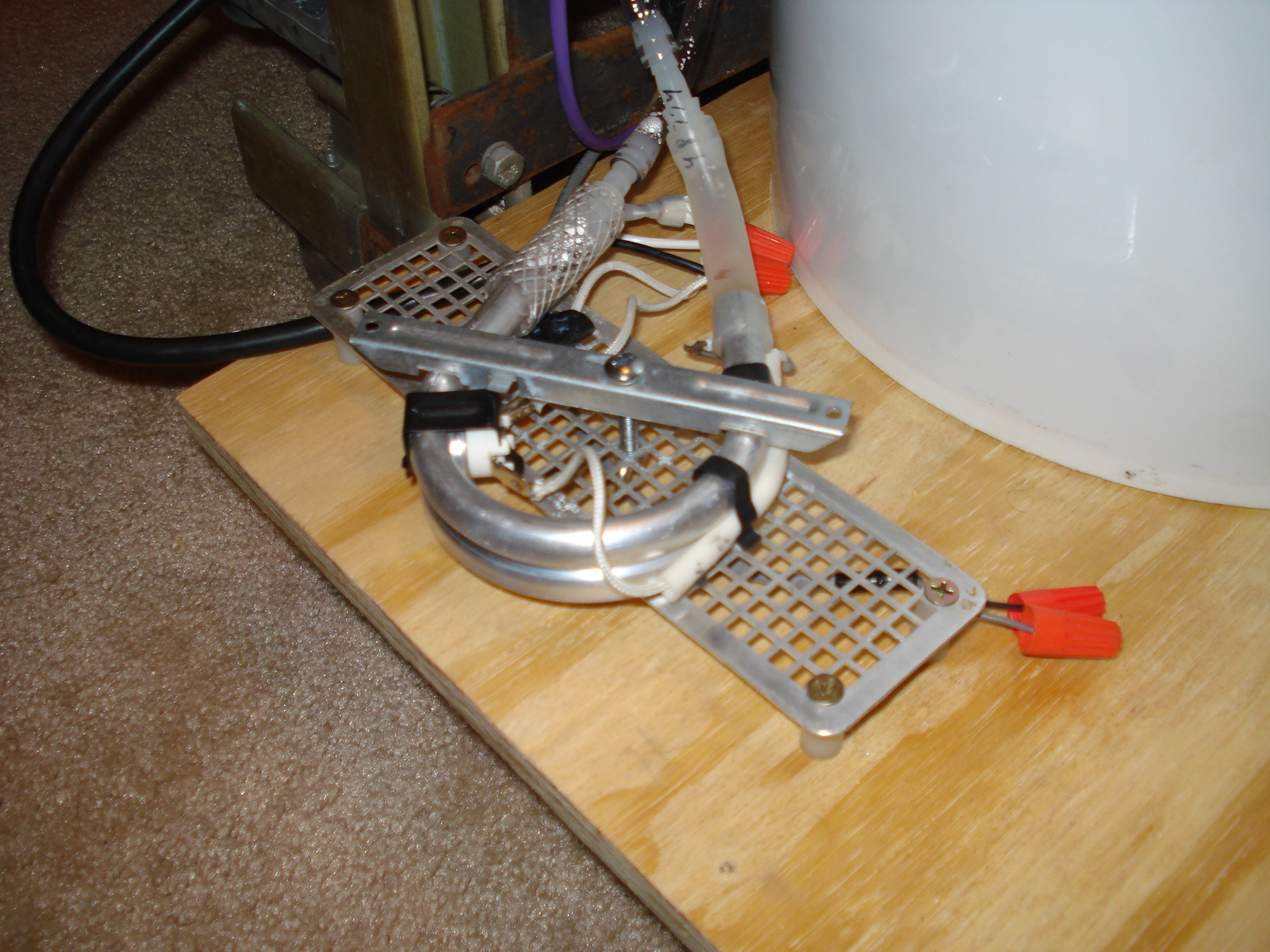 How To Clean A Coffee Maker Heating Element : May 2013